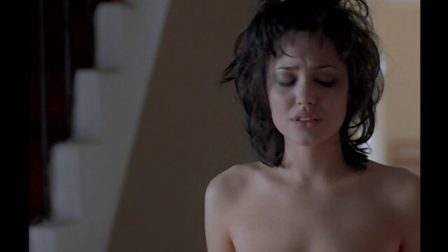 Belas lésbicas têm orgasmos de cunnilingus vídeo de pornô nacional mútuos