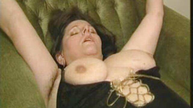 A Ebony fodeu filme porno anal nacional a loira com lingerie preta no rabo