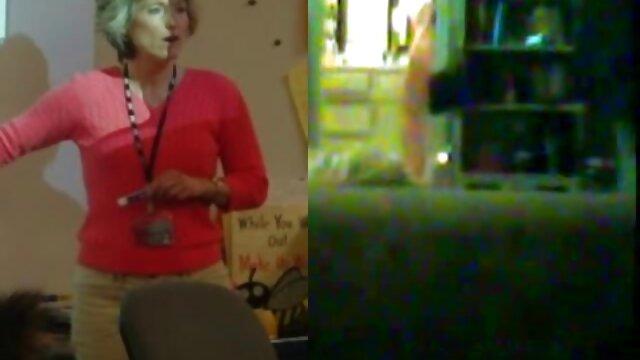 A mulher Boazona vídeo pornô grátis nacional pega numa grande pila preta